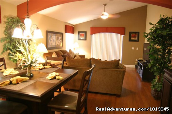 Modern Furnishings - Beautiful 4BR Spa/Game Room - Min. 2 Disney
