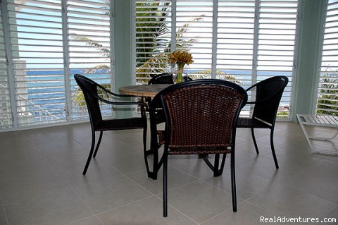 Oceanfront Lanai - Cayman Breeze Luxury Beachfront Condo at Rum Point