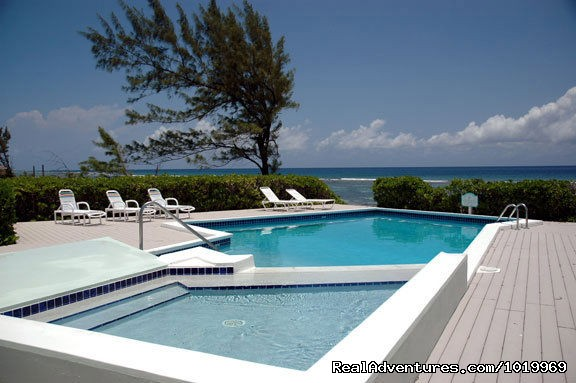 North Pointe Cayman Breeze Pool - Cayman Breeze Luxury Beachfront Condo at Rum Point