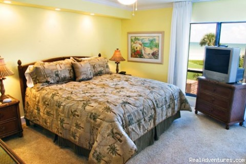 Master Bedroom B306 - Luxury Vacation Rental, Sundial Condos