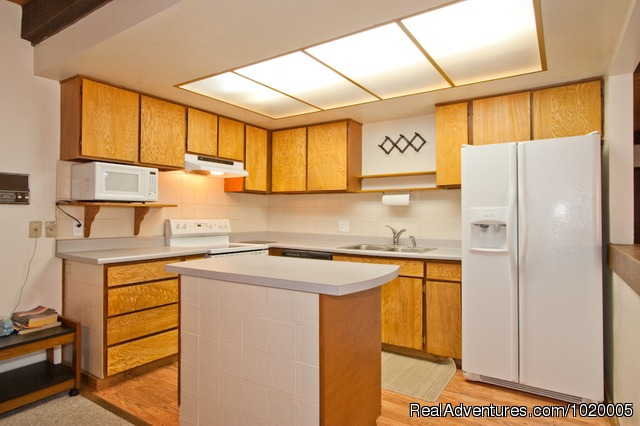 Kitchen at 57 Burke - Accommodation Tahoe