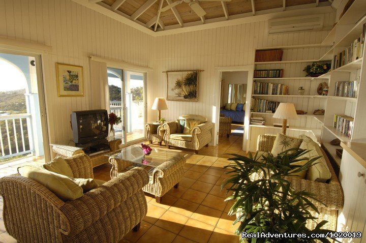 Great Room | Image #11/24 | 3 Bd/3 Bth Villa Sundance has Pool, Hot Tub & View