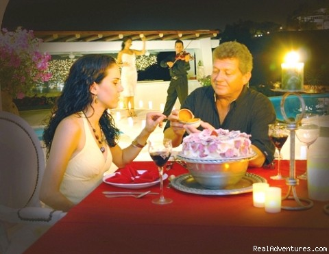 Romantic and private dinners at Exclusive Villas - Acapulco Luxury Villa Rentals