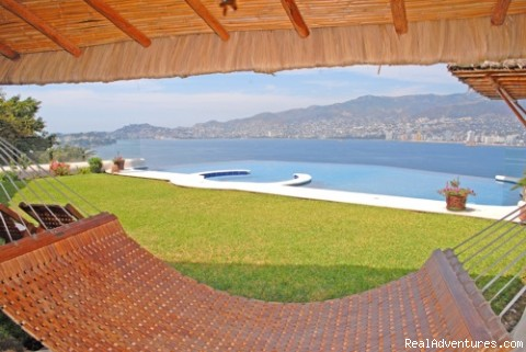 Feel the perfect weather and the perfect vacations! - Acapulco Luxury Villa Rentals