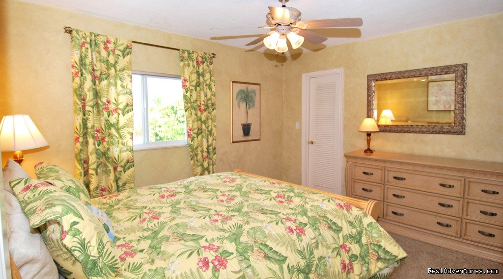 Florida vacation rental home, fort lauderdale, bedroom 3 | Image #15/18 | Florida luxury home rentals