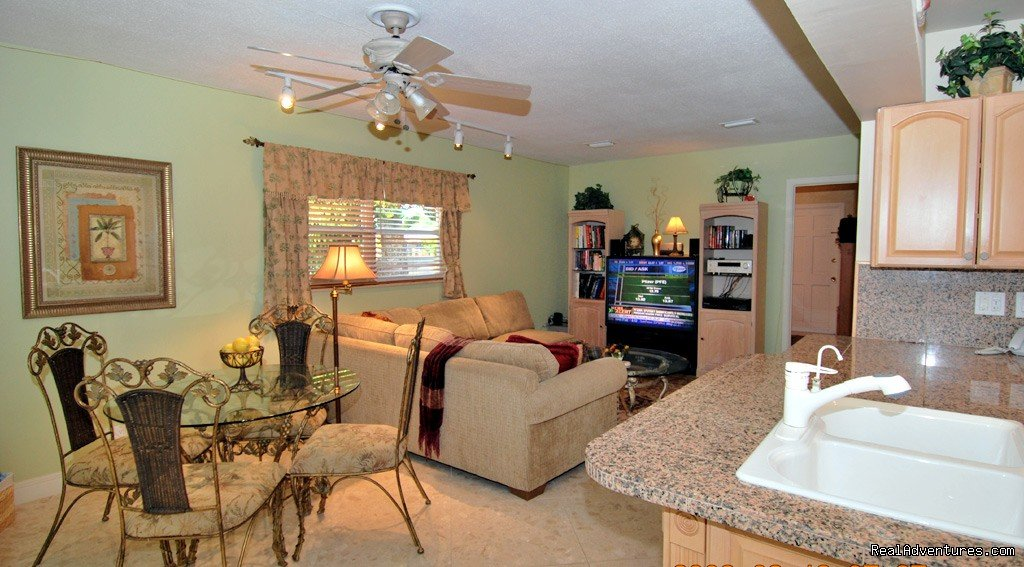 F Lauderdale luxury waterfront vacation rental home | Image #5/18 | Florida luxury home rentals