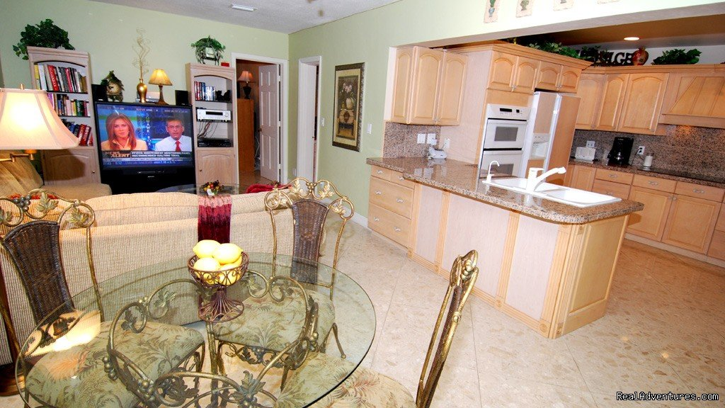 Lauderdale luxury waterfront vacation rental home | Image #6/18 | Florida luxury home rentals