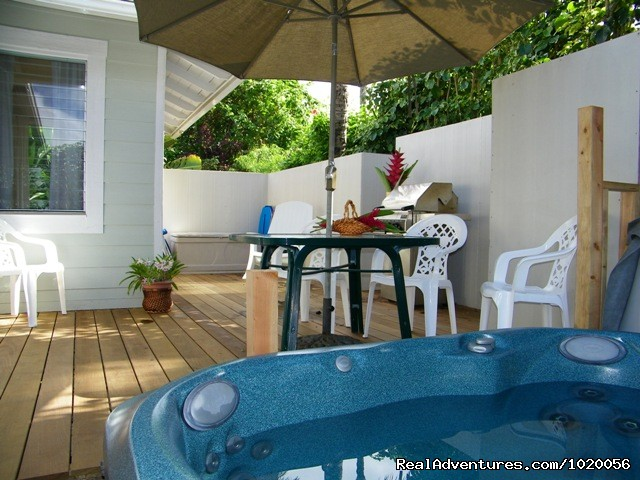 Hula Hale Hot Tub and Deck - Beach House Hawaii, your Home in Hawaii  Aloha