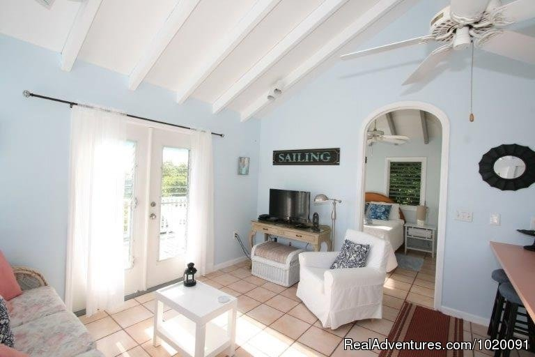 Living Room | Image #8/19 | Charming 2 Bed/2 Bath Villa with Hot Tub and Views