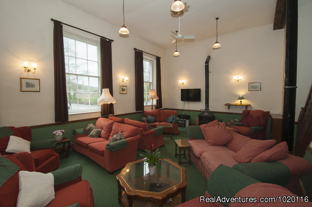 Ebenezer Chapel -  Main lounge - Derbyshire Holidays