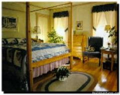 All rooms have private bath - Blue Harbor House-A Village Inn on the Maine Coast