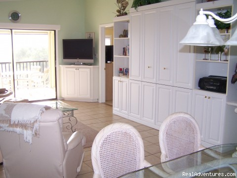 Murphy Bed - Sandpiper Beach Rental with Tennis Court & Pool