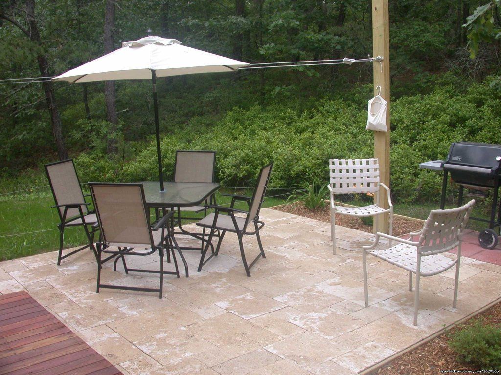 Guest House Patio | Image #12/13 | The Laurel, a 2BR and or 1BR Guest House