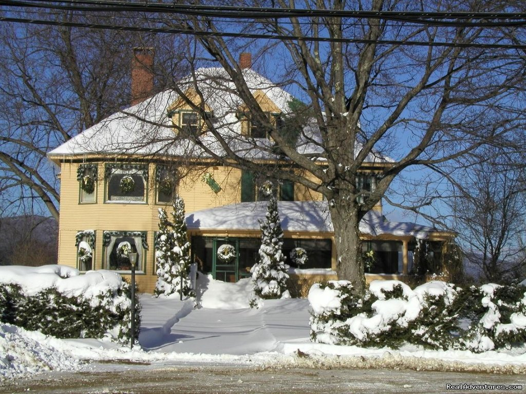 Snowy Day | Image #5/14 | The Oxford House Inn