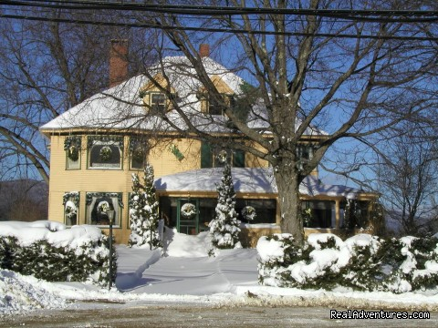 Snowy Day - The Oxford House Inn
