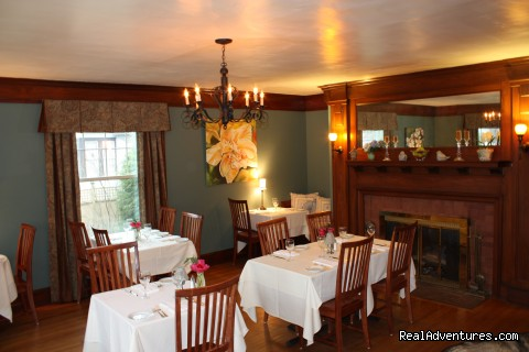 Parlor Dinind Room - The Oxford House Inn