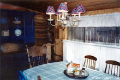 Dining Room - Adorable log cabin