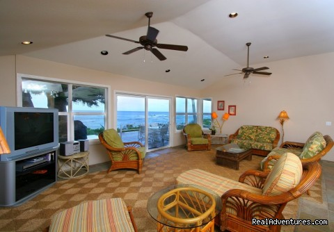 Laniakea Beachhouse Living Room - SandSea, Inc. Vacation Homes