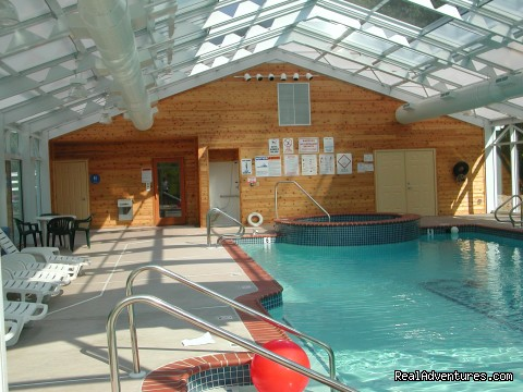Indoor Pool, Hot Tub and Sauna - Hillside Lodge and Resort