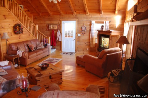Creekside Leather Great Room - Smoky Mountain Log Cabin Vacation Rentals