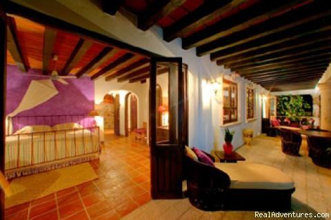 Image #7 of 24 - Casa Del Quetzal