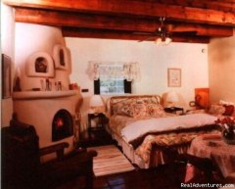 Kiva Suite - Hacienda Vargas Bed & Breakfast INN and Wedding Ch