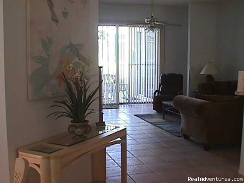 Entry Foyer - Lakeside Vacation Home Near Disney