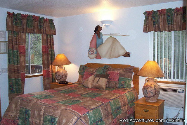Sugarpine Room - Little Valley Inn
