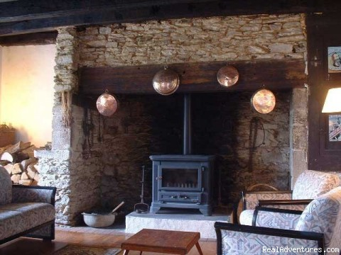 Fireplace - A Dordogne Valley House to Rent in France