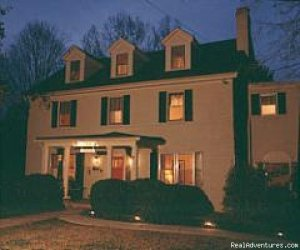 A B & B at Llewellyn Lodge Bed & Breakfasts Lexington, Virginia