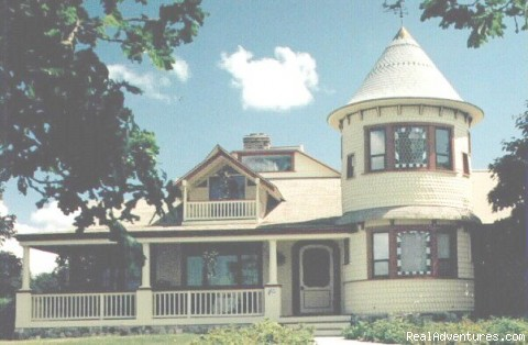 Tower House Bed and Breakfast Bed & Breakfasts Friday Harbor, Washington