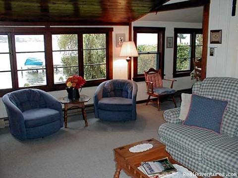 Photo #2 - Duck-In B & B on Lake Washington