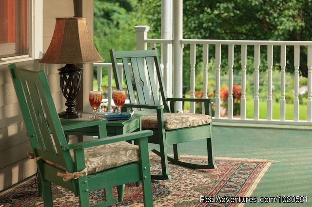 Andon-Reid Inn Bed & Breakfast: Front porch