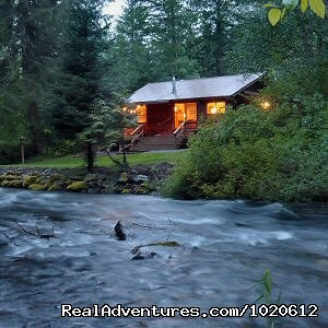 Creekside Cabin - Jasmer's Mt. Rainier Cabins & Fireplace Rooms