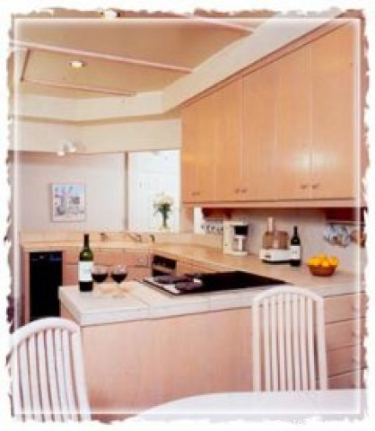 Lower kitchen - Villa Vista - 3 Bedroom - On The Beach