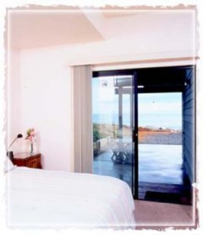 - Villa Vista - 3 Bedroom - On The Beach