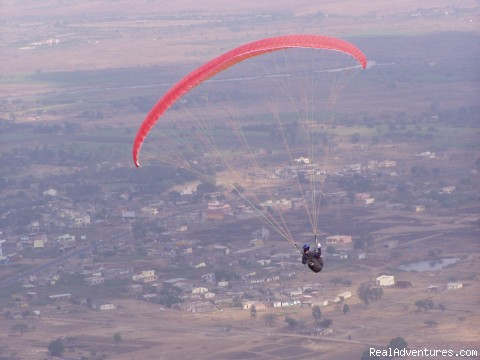 Paragliding Adventure Holiday in India Paragliding Kamshet, India