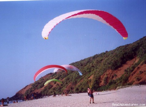 Kiting - Paragliding Adventure Holiday in India