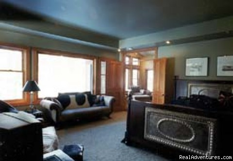 Photo #4 - Big Sky, Montana Luxury Vacation Home Rental