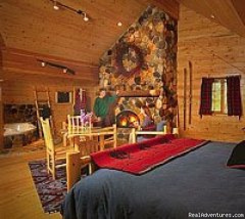 Northwest Territory Suite - Mountain Springs Lodge, Lodging and Activities