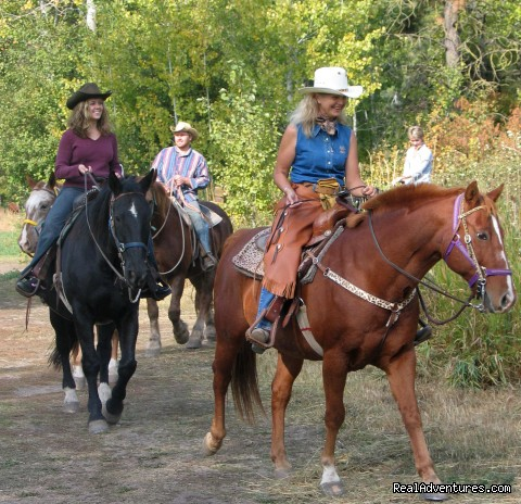 Horseback Rides - Mountain Springs Lodge, Lodging and Activities