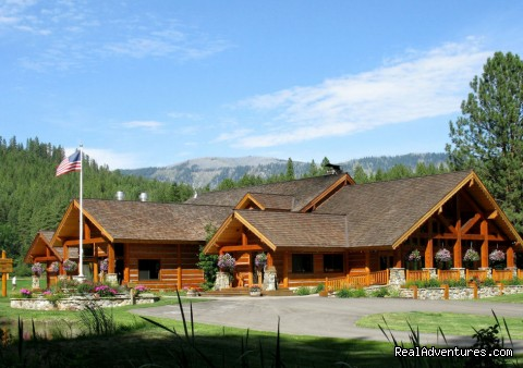 Mountain Springs Lodge, Lodging and Activities