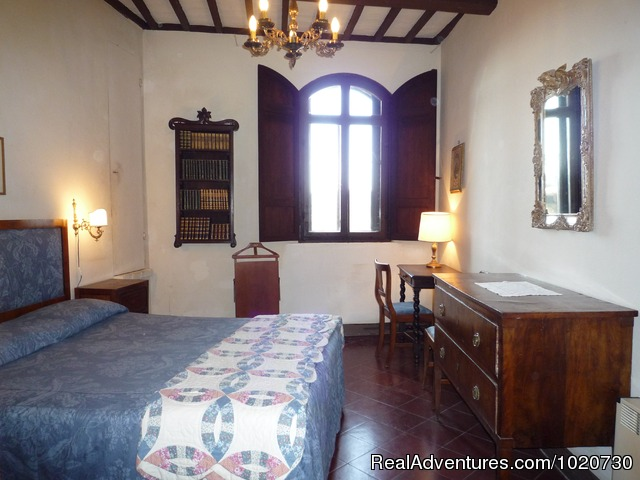 - Vacation villa rental Tuscany Italy castle