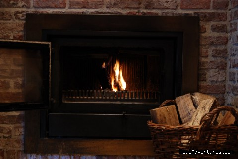 Open Fire ) Cozy Winter Evenings - Vanhercke medieval Bed and Breakfast near Gent