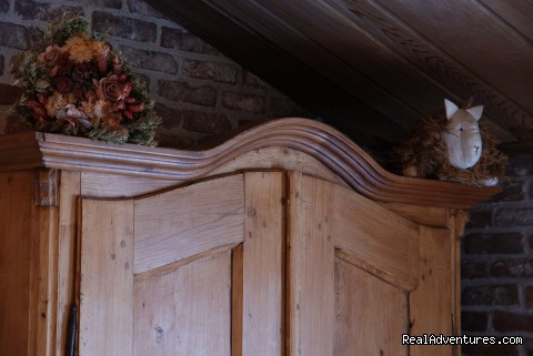 Antique Pine Furniture - Vanhercke medieval Bed and Breakfast near Gent