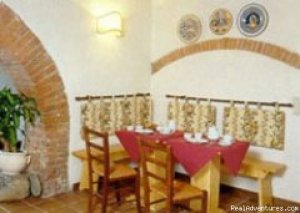 Hotel La Querce Chiusi (Siena), Italy Bed & Breakfasts