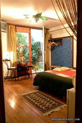 Patio Tropical Room - Barangay, Award-Winning Tropical B&B in Amsterdam