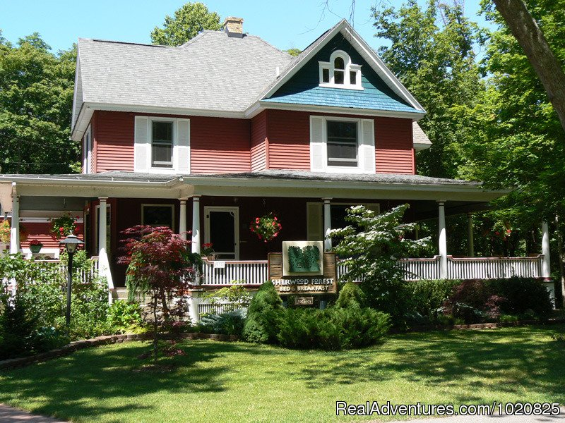 Sherwood Forest Bed and Breakfast Saugatuck, Michigan  Bed & Breakfasts