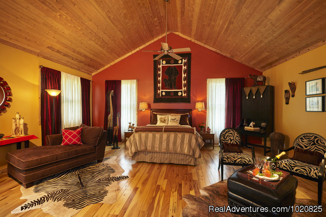 Log Cabin Suite - Sherwood Forest Bed and Breakfast