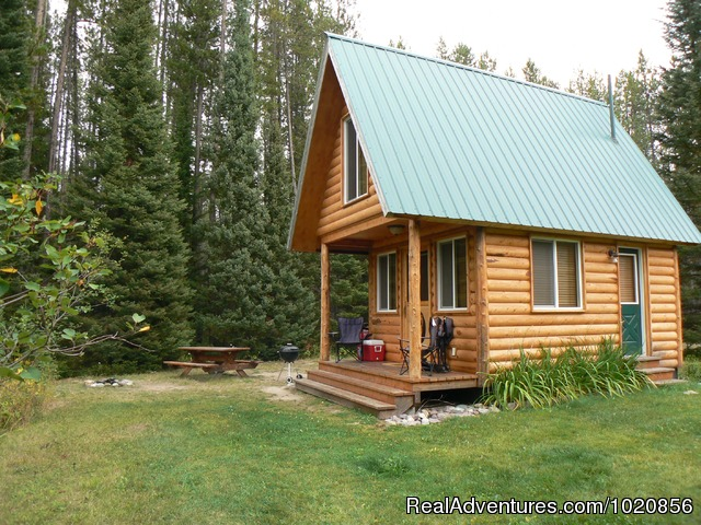 Little Bear Cabin and Little Griz Cabin - Glacier Park Lodge and Cabins at Smoky Bear Ranch